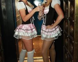 Wiesn Oktoberfest Gogos Tänzerinnen in München und Bayern_5